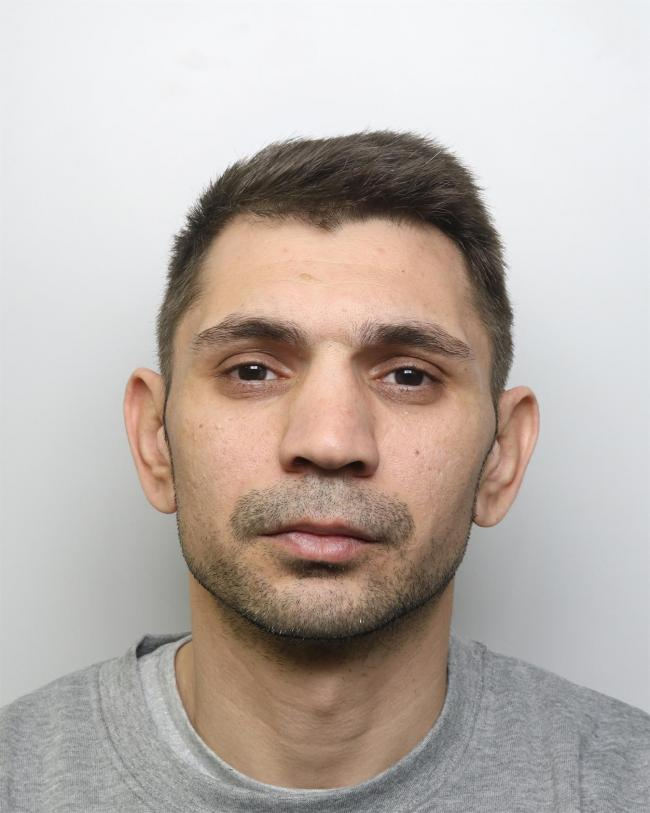 Prolific pickpocket who targeted commuters handed prison sentence