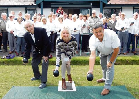 Witham: Celebration for new bowling green
