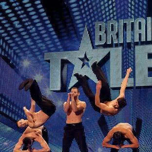 Britain's Got Talent has fought back to edge ahead of BBC1's The Voice in the ratings