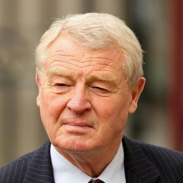 Paddy Ashdown has backed Nick Clegg's leadership of the Liberal Democrats