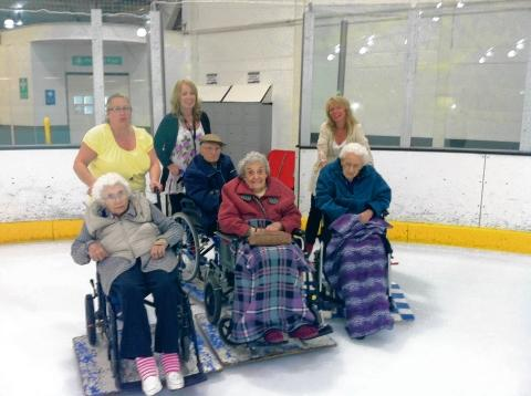 Braintree: 99-year-old takes to the ice for the first time