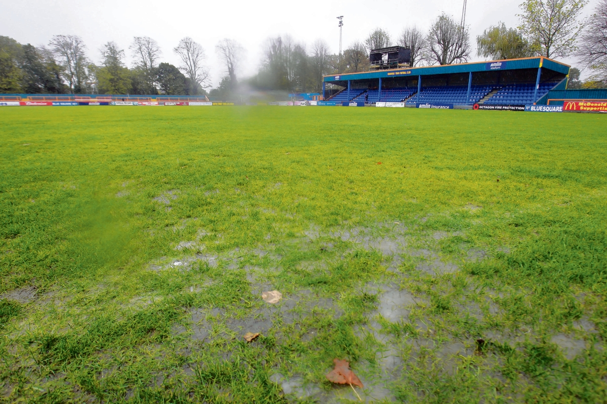 Braintree Town left with no action by waterlogged pitch