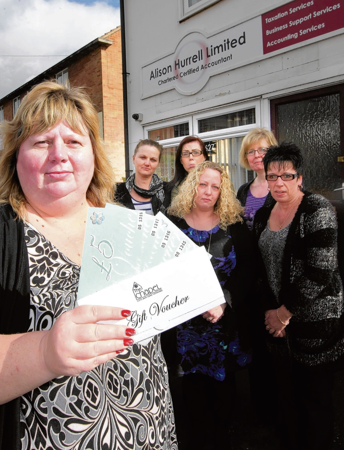 Customer's dismay at shop's gift voucher refusal after administrators brought in