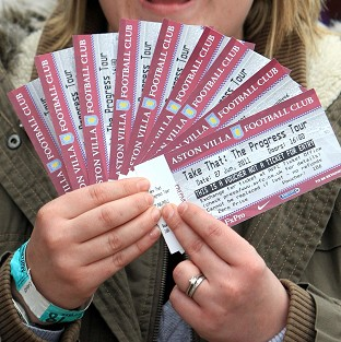 A group of MPs has called for tighter rules on ticket re-sale websites