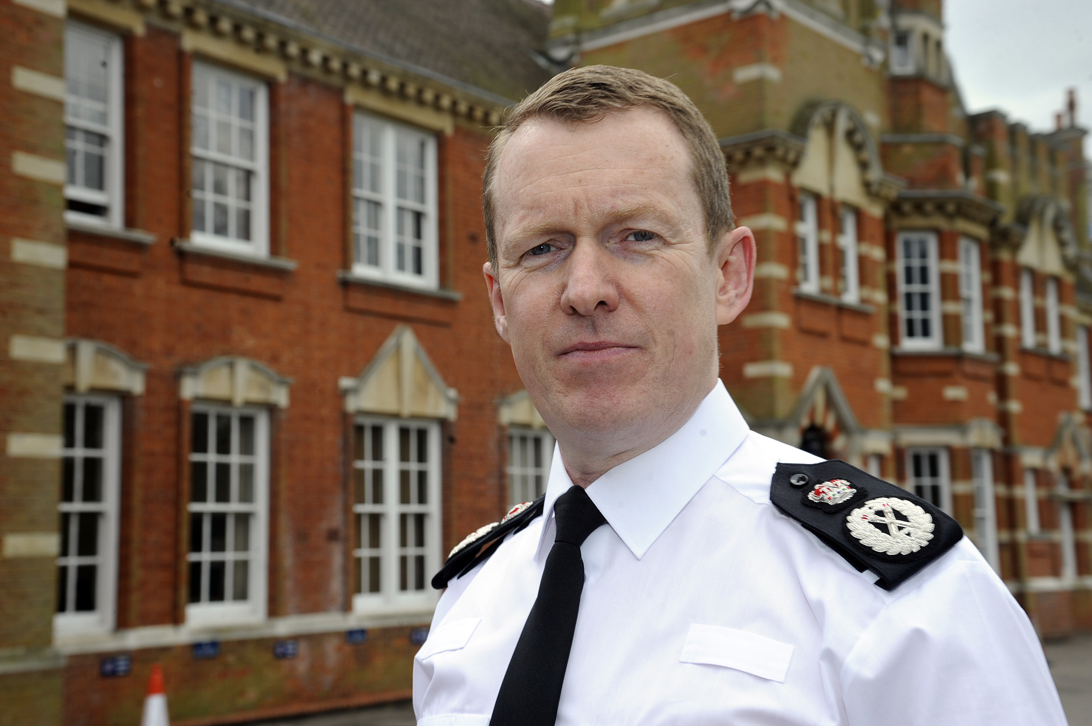 500 police officers will be moved back into the community