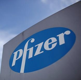 David Cameron says Pfizer has yet to convince him that a takeover of AstraZeneca would be in the nat