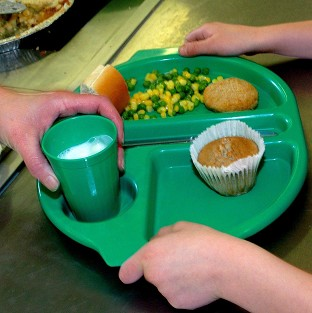Free school meals will be delivered on time and on budget, ministers say