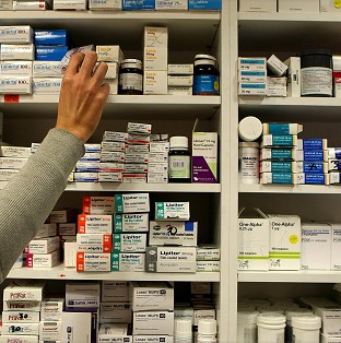 Patients who are prescribed statins should continue to take them, experts have said