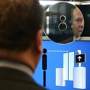 Facial recognition software - si