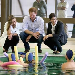 Prince Harry meets patients i