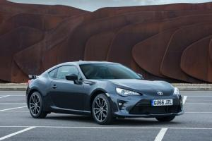 GT86 GETS SHARPER HANDLING, SHARPER LOOKS