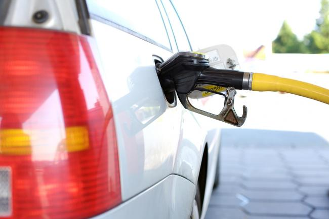 TopCashBack is offering a way to redeem free fuel (Photo: Pixabay)