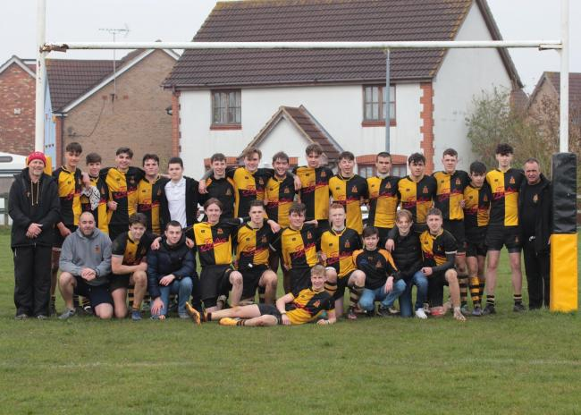 Braintree Rugby Club's under-16s finished their season by beating Thurrock to wrap up the Essex Youth Leagues division one title.